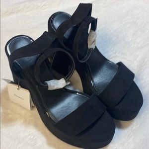 BERSHKA - Block Heels